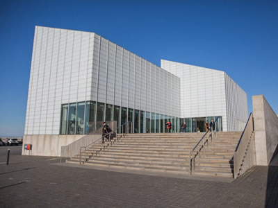 The Turner Contemporary at Margate featuring traditional and modern art.